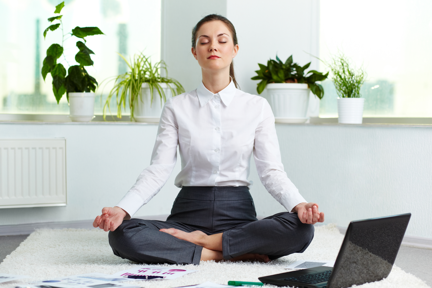 Yoga im Büro und am Arbeitsplatz