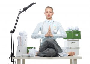 Yoga und Meditation am Schreibtisch